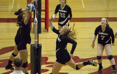 Knights volleyball team reach playoffs for first time
