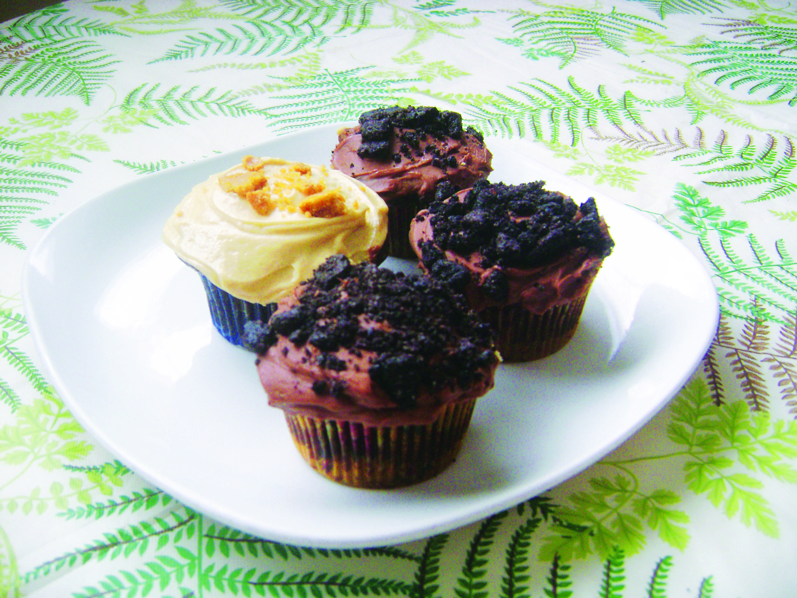 Devil's food cupcakes. Jennifer Manalili, City Times