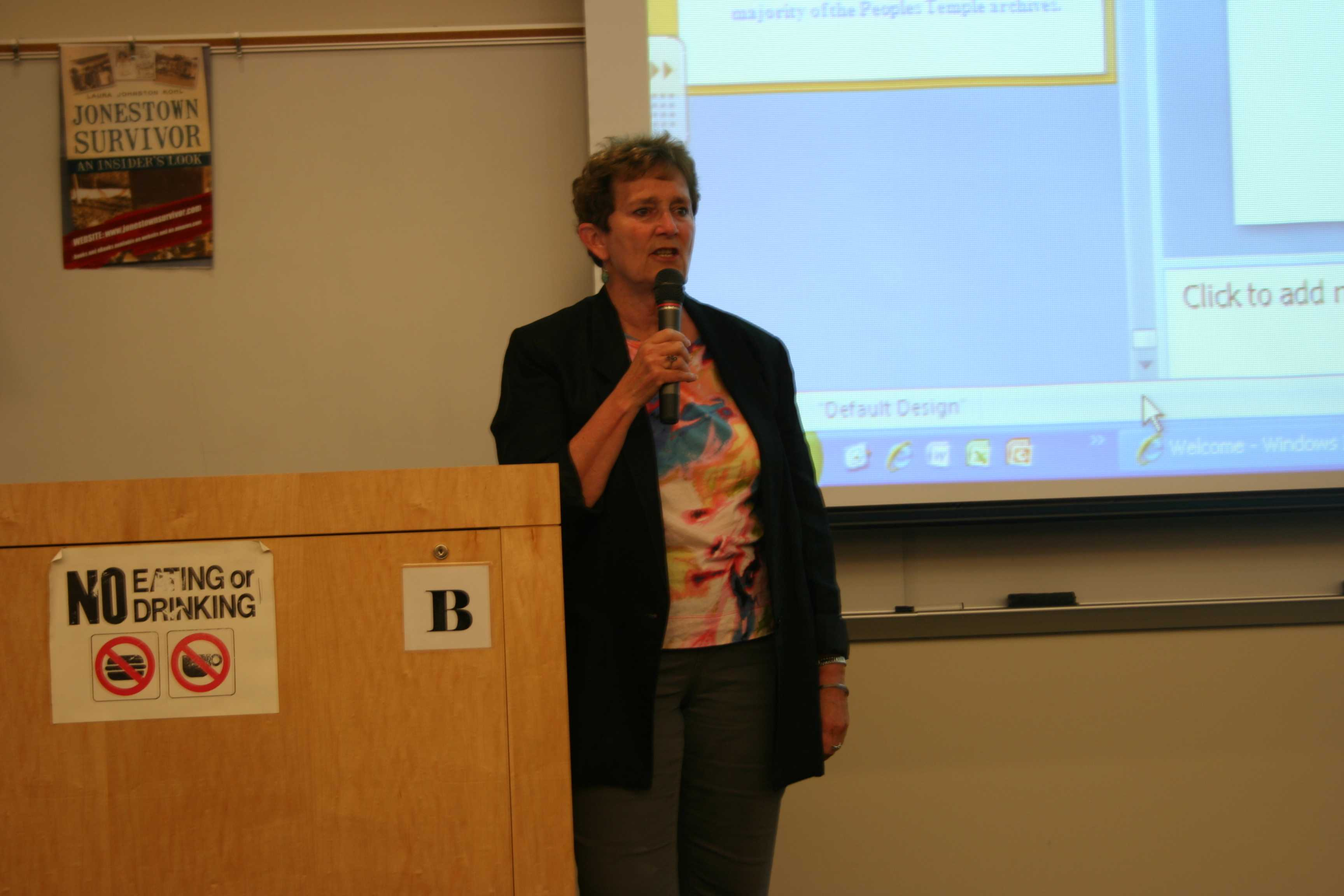 Jonestown survivor Laura Johnston Kohl spoke to an audience at City College on Oct. 29. Michelle Moran, City Times.