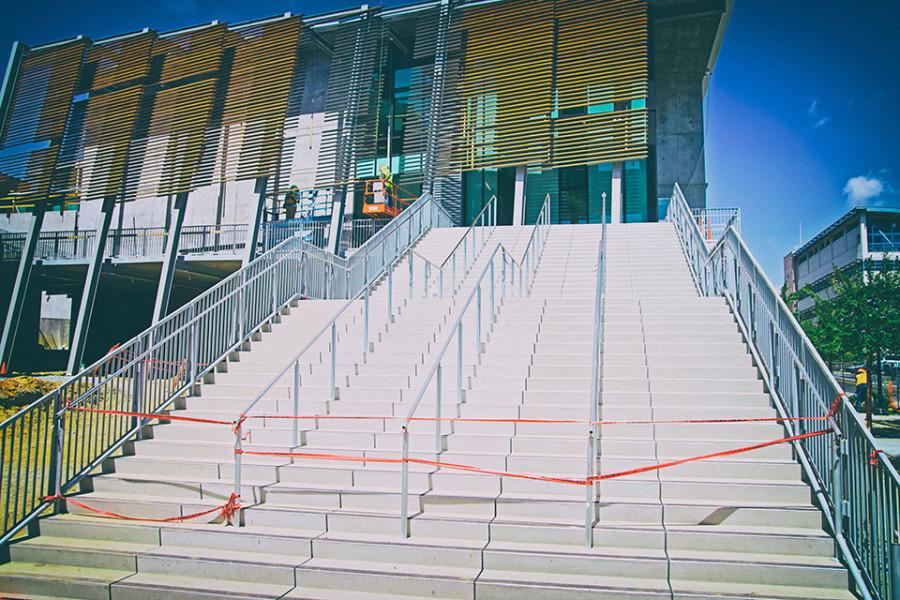 The+steps+leading+to+the+Business+Technology+Building.+