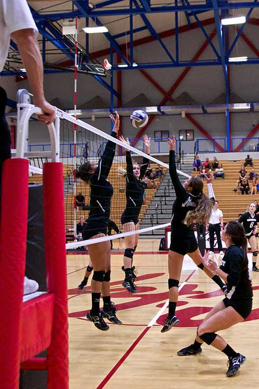 Outside+hitter+Michaela+Keller+returns+the+ball+during+the+Nov.+7+home+game+against+Grossmont.+The+Knights+went+on+to+lose+the+match+0-3+Photo+credit%3A+Troy+Orem