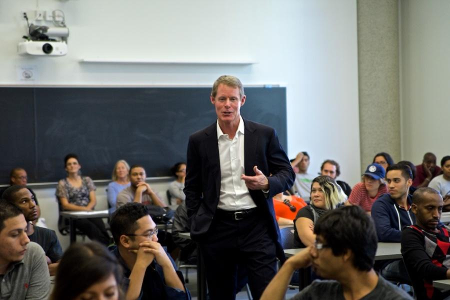 San+Diego+Padres+Accounting+Director+Todd+Bollman%2C+speaks+to+the+Accounting+and+Business+Club+during+their+first+club+event+on+Oct.+30.+Bollman+described+the+various+positions+he+held+during+his+career%2C+and+touched+on+the+demands+of+an+accounting+director+for+a+major+league+baseball+team.+Photo+credit%3A+Troy+Orem