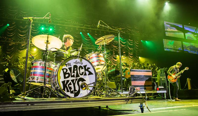 The+Black+Keys+performing+during+a+concert+in+Brooklyn%2C+New+York+in+Sept.+2014.+Official+Facebook+image.+Photo+by+Melinda+Oswandel.