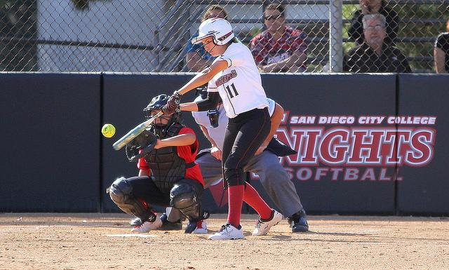 Sophomore+shortstop+Katie+Dowdy+hits+the+ball+during+the+sixth+inning+of+the+home+game+against+Mt.+San+Jacinto+College+on+April+10%2C+where+the+Knights+lost+4-1.+Photo+credit%3A+David+Pradel