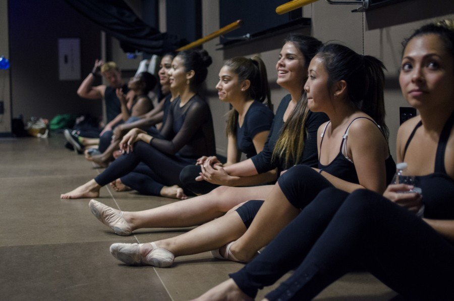 Students+gather+in+the+Black+Box+Theatre+to+audition+for+the+2014+production+of+the+%E2%80%9CCity+Moves%E2%80%9D+dance+concert.+Photo+credit%3A+Richard+Lomibao