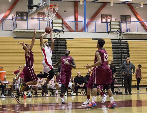 San DIego City College basketball team defeats Soutweestern Jaguars 93-68  wining its 5th  game streak  on Feb. 3 at San Diego City College West Gymnasium. Photo Credit:Celia Jimenez