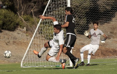 Knights tie with last-minute goal