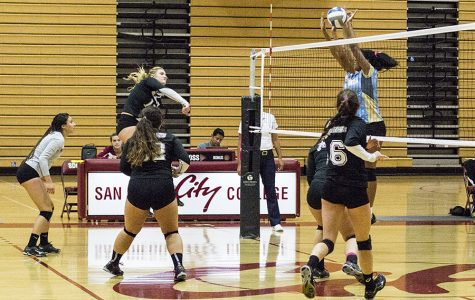 Women's volleyball team gaining steam
