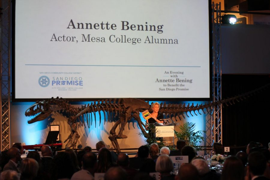 Annette+Bening+headlined+an+event+that+raised+over+%24120%2C000+for+the+San+Diego+Promise.+Photo+by+Jonny+Rico
