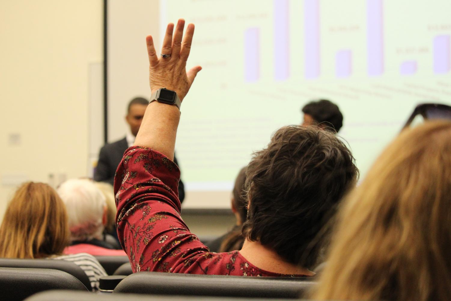 New state funding formula for community colleges was explained by district officials to faculty, staff and students at San Diego City College. By David Ahumada/City Times