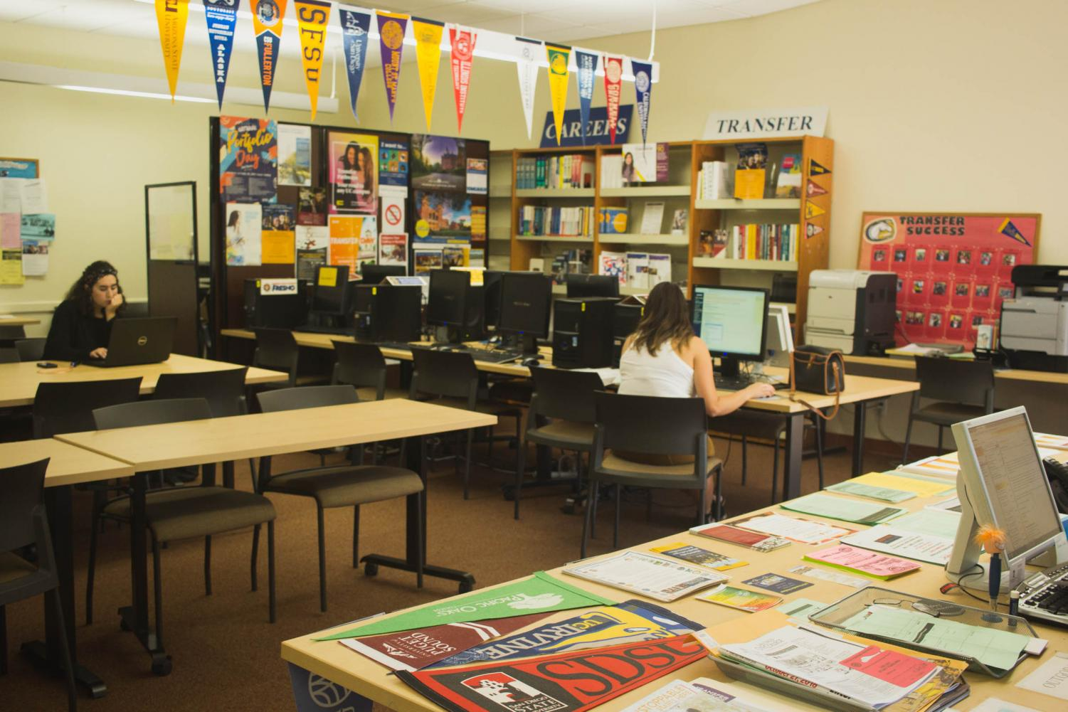 City College students can utilize a variety of services and resources at the Transfer Center, including application assistance. Photo by Nadia Mishkin, City Times.