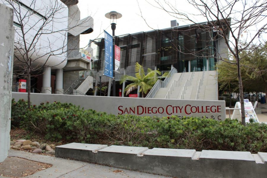San+Diego+City+College+is+looking+for+ways+to+bridge+a+budget+deficit.+By+Jonny+Rico
