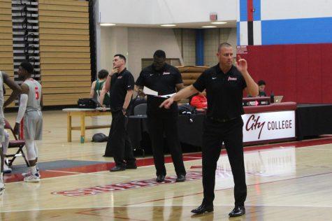 Coach Mitch Charlens