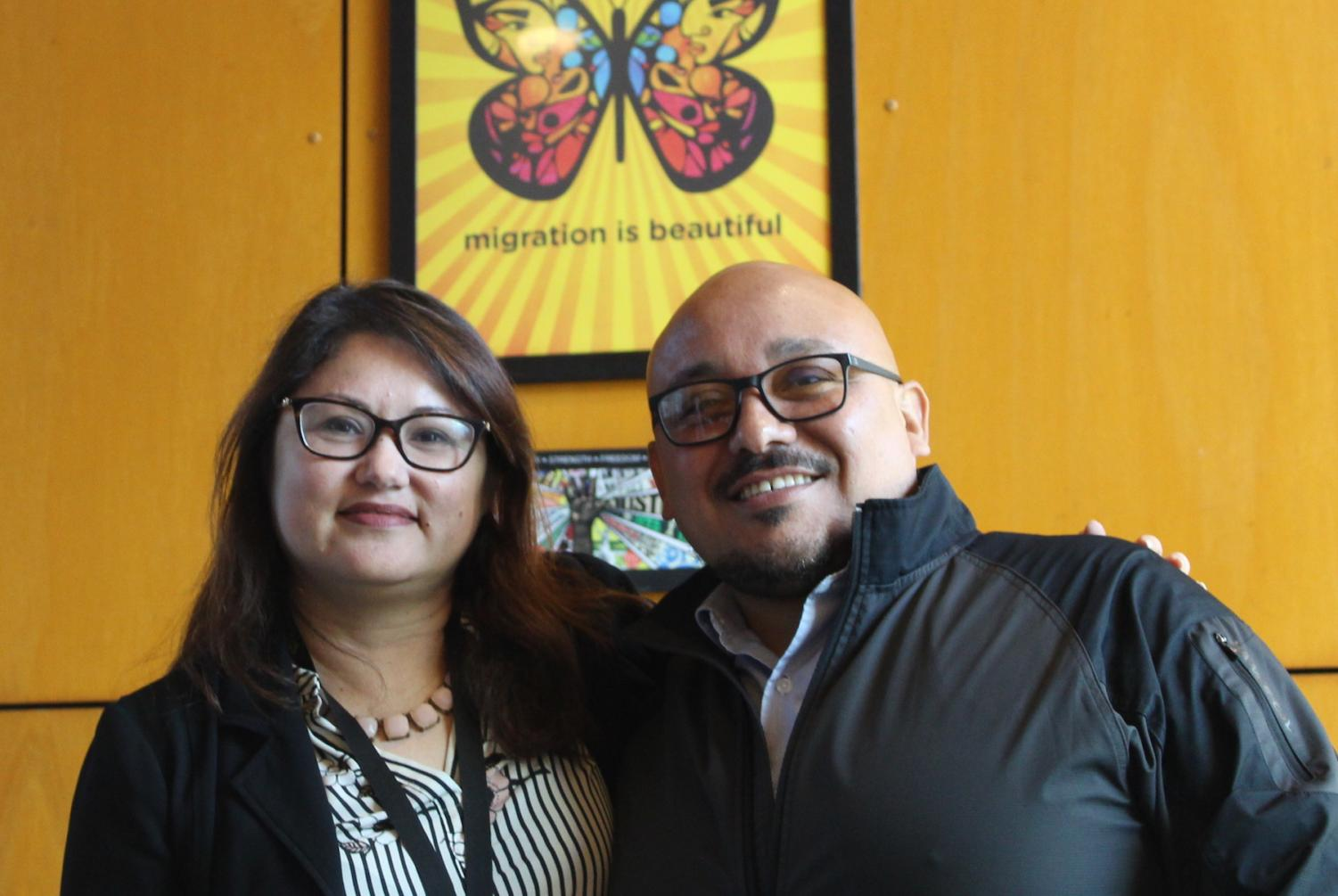 Noel Antonio Puga  (right) and Lilian Garcia (left) are available to whomever needs help.  By: Jonny Rico/City Times