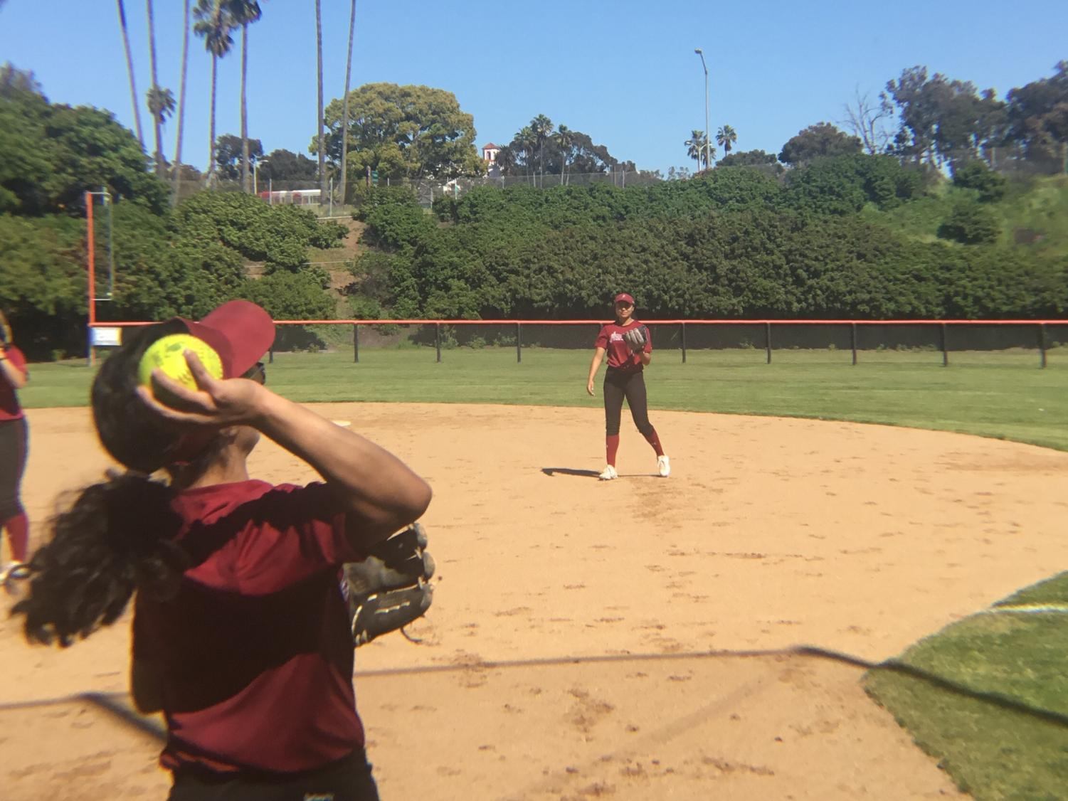 Vanessa Tirado (foreground) and Zoe Manjarrez at practice ahead of their game against Ventura. By Sonny Garibay/City Times