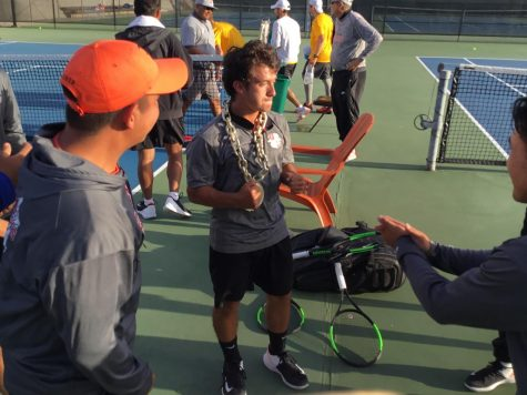 Knights tennis extends win streak
