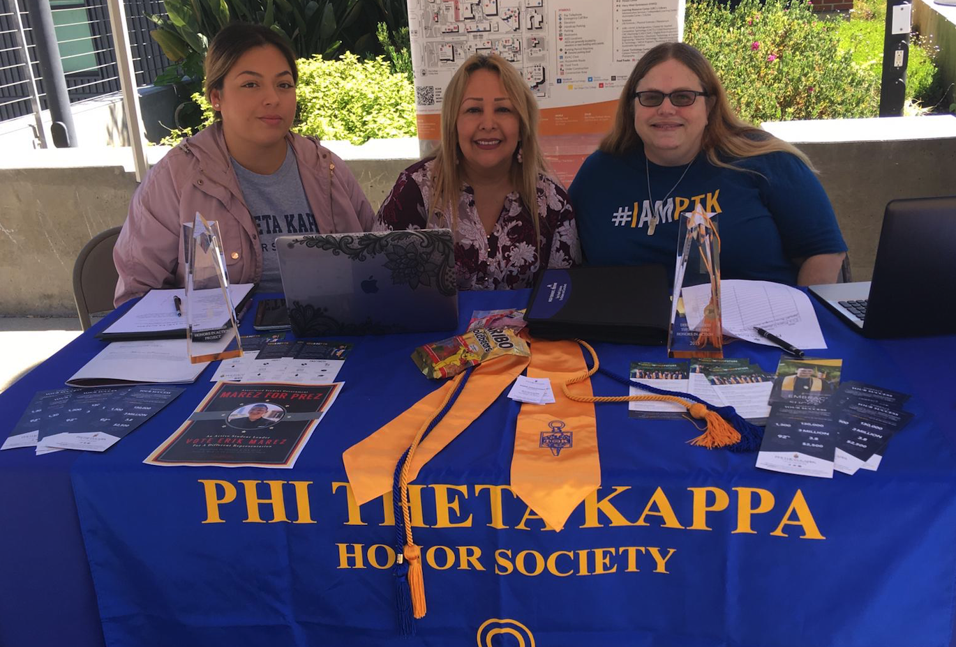 Phi Theta Kappa is one of the many club options at City College. Photo by Melisa Cabello-Cuahutle